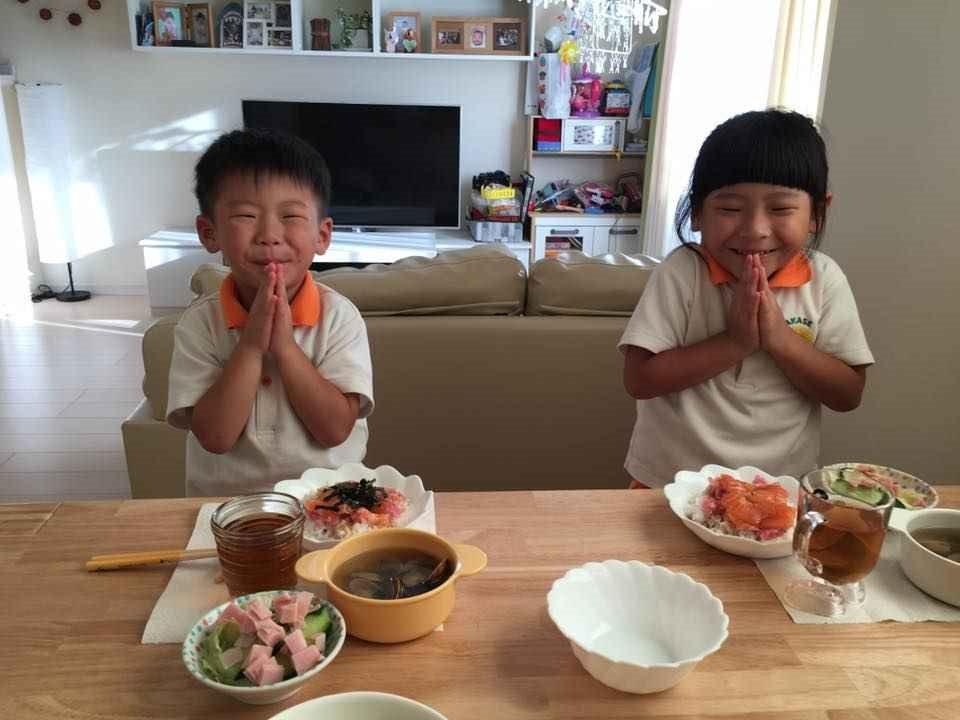 『ママとキッズの食事のマナー ・お箸の持ち方』 体験レッスン