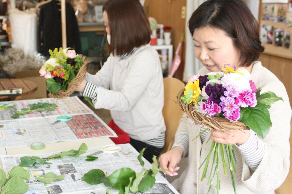 アグレアーブル花や (公社)日本フラワーデザイナー協会公認校フラワースクール