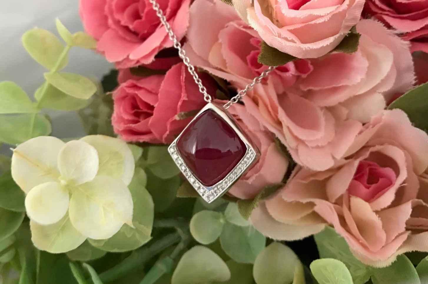 立川:大切な想い、宝石を使って身に着けられるジュエリー制作