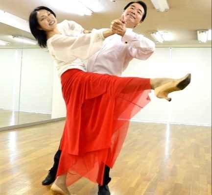 日曜日開催 初めての社交ダンス・基礎編 初心者大歓迎