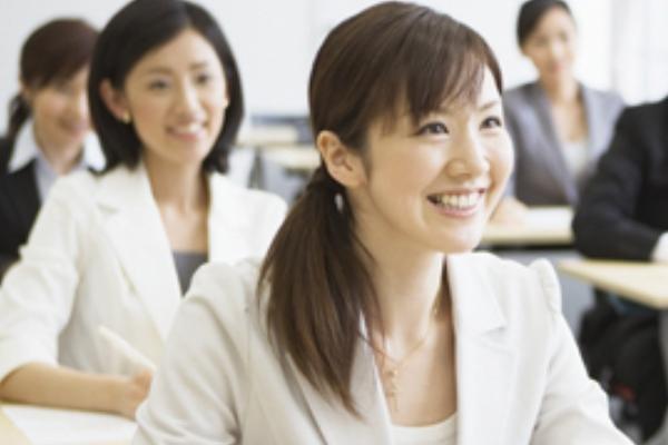 語学クラブ 中国語・スペイン語その他多言語に対応