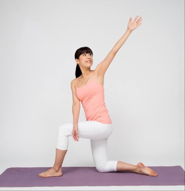 3ヶ月でねこ背を伸ばす!背伸ばし体操Zoomオンライン講座
