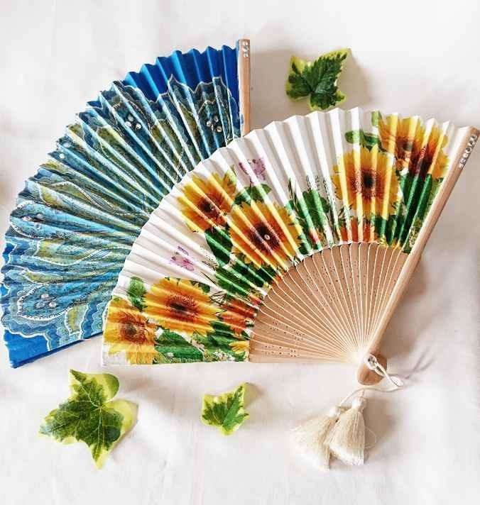 暑い夏を乗り越える為オリジナル感たっぷりの扇子を作りませんか