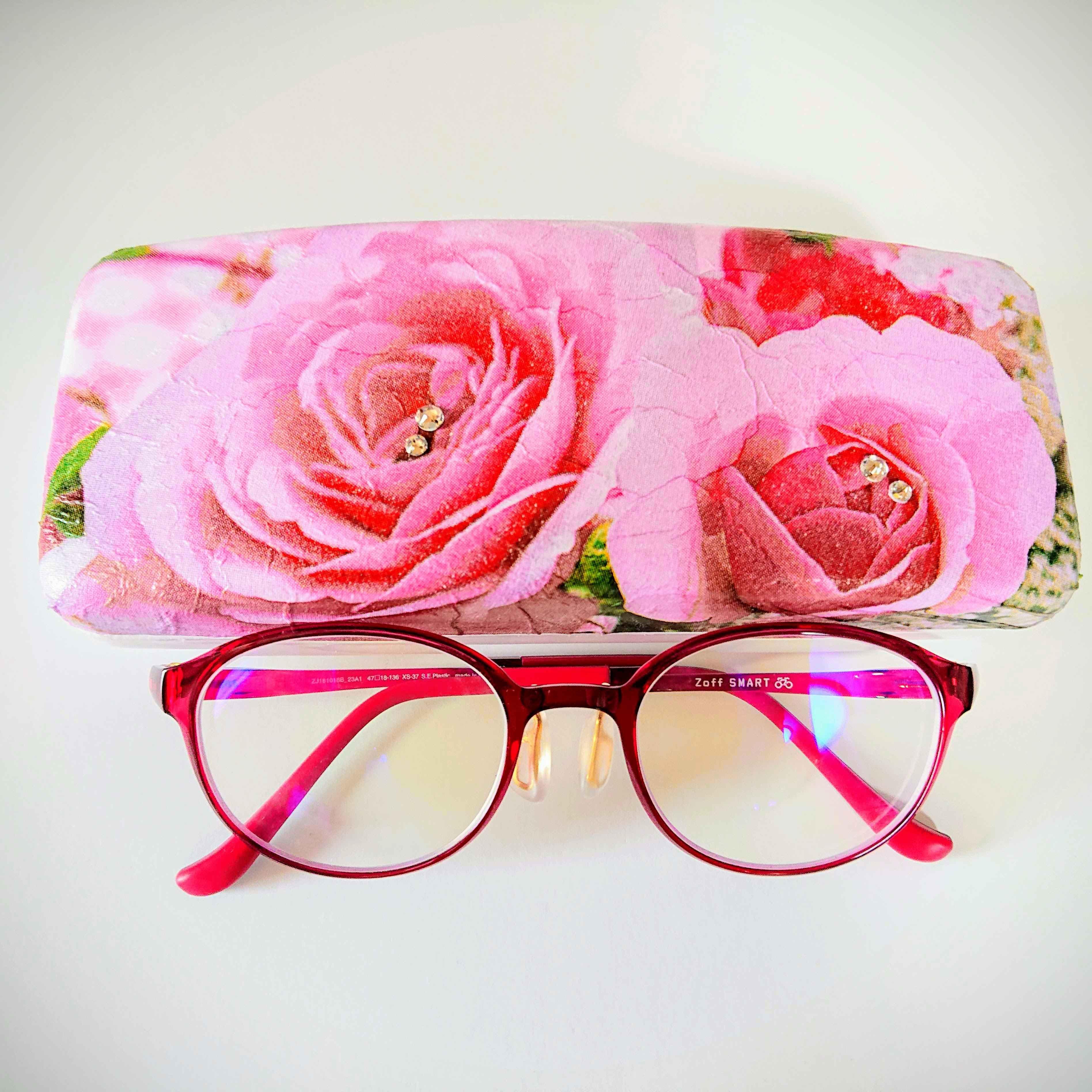 お好きなデザインで作成するフラパージュのメガネケース