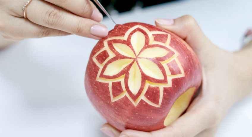 初めてさんの【フルーツカービング】リンゴに模様を彫ろう!