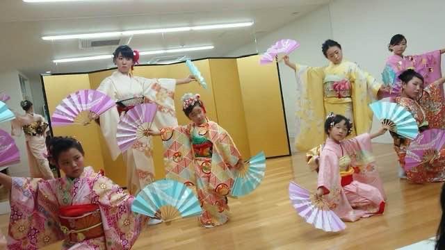 たしなみ日舞・歌舞伎舞踊教室 エスパス教室北区