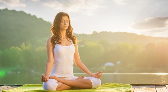 ヨガと筋膜リリースで健康な体、心を作り、人生を豊かにするレッスン♪