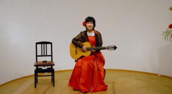 長谷部ギター・ウクレレ教室  千歳船橋教室