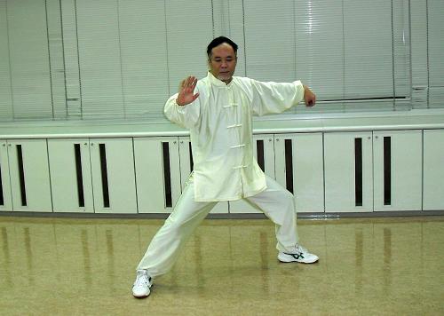 福岡伝統太極拳 湧泉会 (福岡県筑紫野市の太極拳 教室)