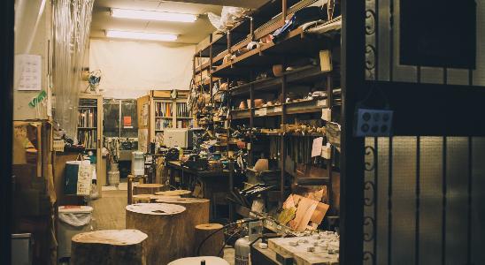 伝統工芸の工房で人気のシルバーリング体験!