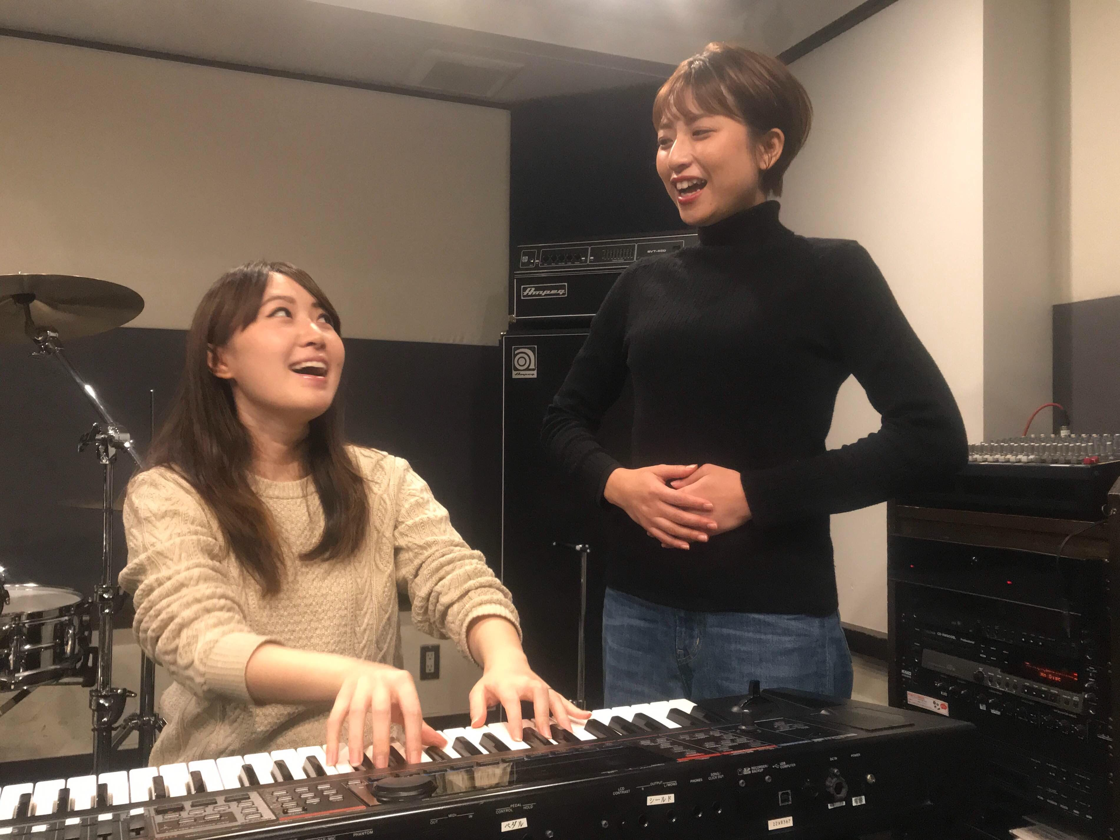 b-oro-ボーカルレッスンとペン字(書道)のスクール