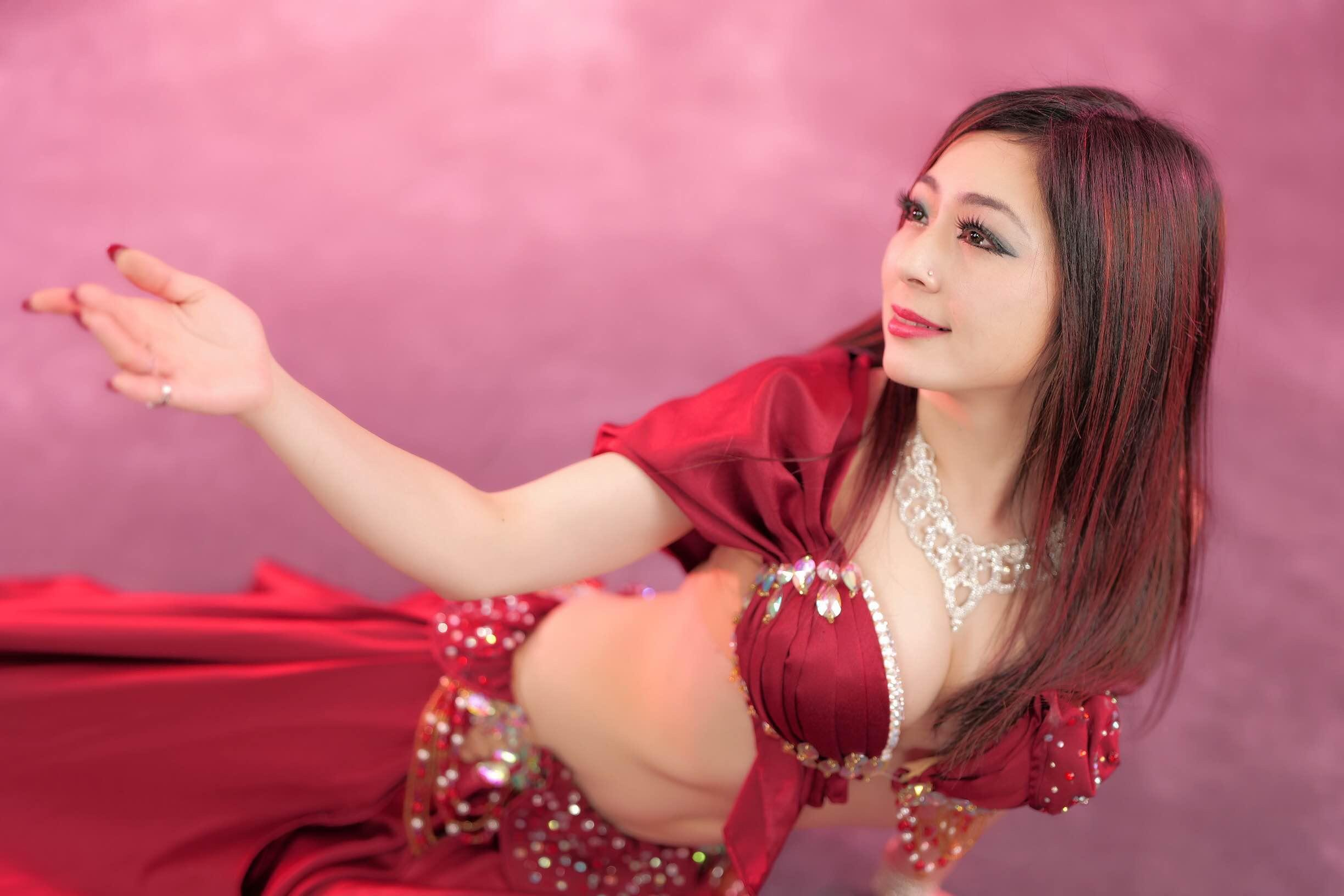 Belly Dancer Elnaz